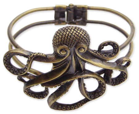 Steampunk Ladies Gold Alloy Bracelet | Gothic | Pirate | LARP | Cosplay | Retro | Vampire || Octopus Bracelet - Antique Gold Finish