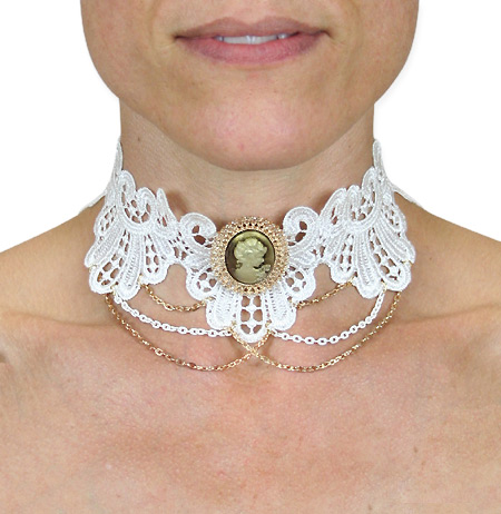Steampunk Ladies White,Ivory Choker | Gothic | Pirate | LARP | Cosplay | Retro | Vampire || Lace Choker with Cameo - Ivory