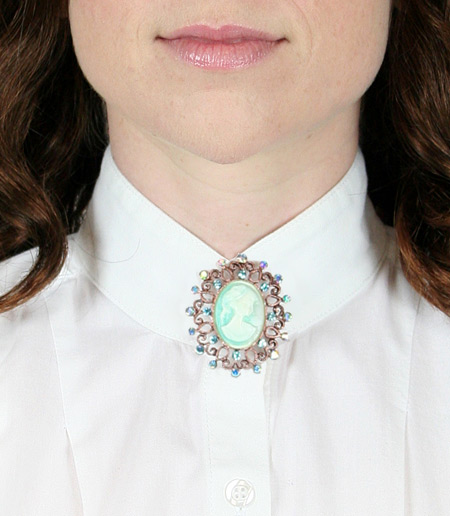 Vintage Ladies Blue Pin | Romantic | Old Fashioned | Traditional | Classic || Jeweled Cameo Brooch - Aqua