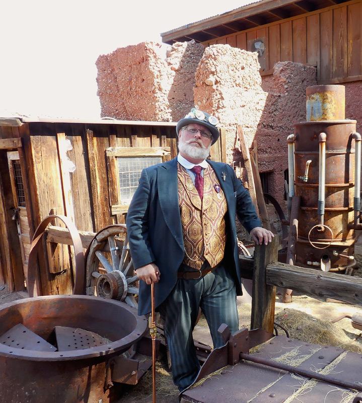 Customer photos wearing [Editors Pick] Miner Extraordinaire