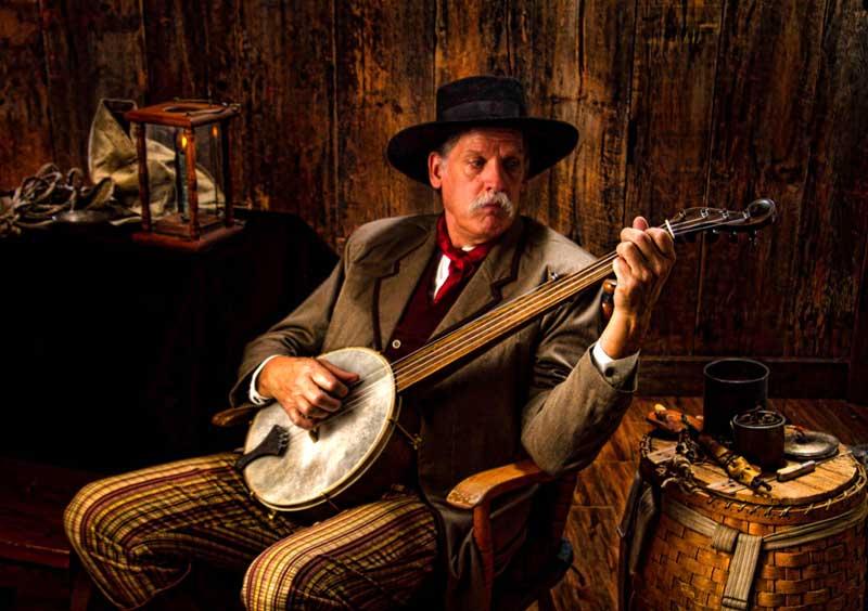 Customer photos wearing [Editors Pick] Old Country Banjo