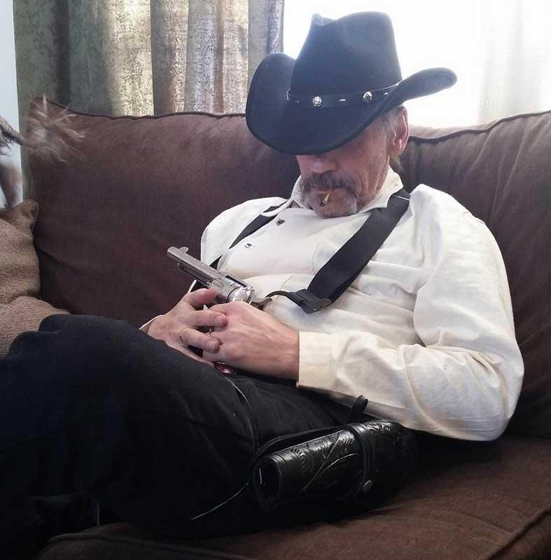 Customer photos wearing [Editors Pick] Let A Sleeping Cowboy Be