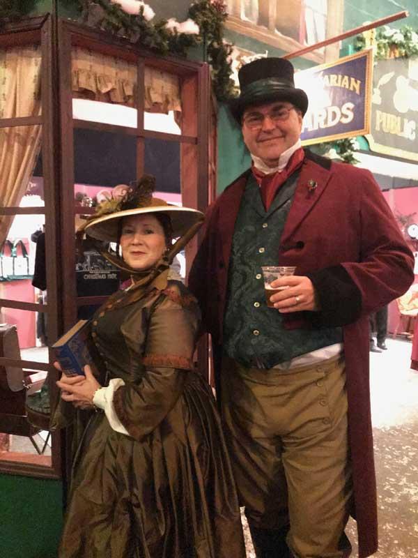 Customer photos wearing [Editors Pick] Caroling and Drinking