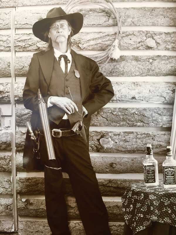 Customer photos wearing Pinkerton man