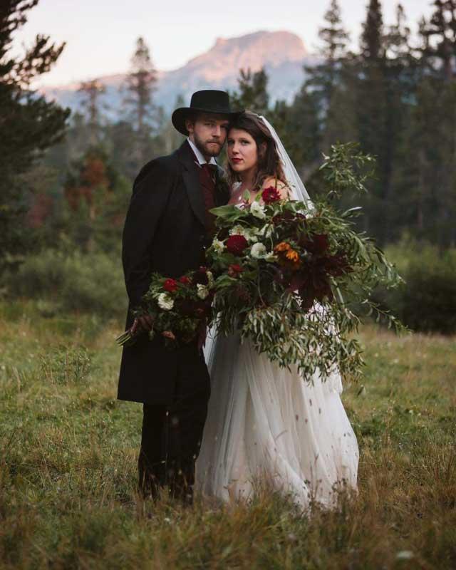 Customer photos wearing [Editors Pick] Perfect Romance