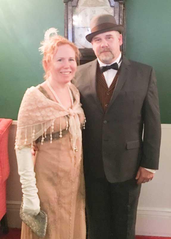 Customer photos wearing Grand Hotel, Grand Couple