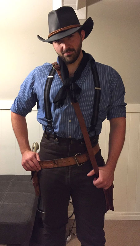 Customer photos wearing [Editors Pick] Red Dead Redemption