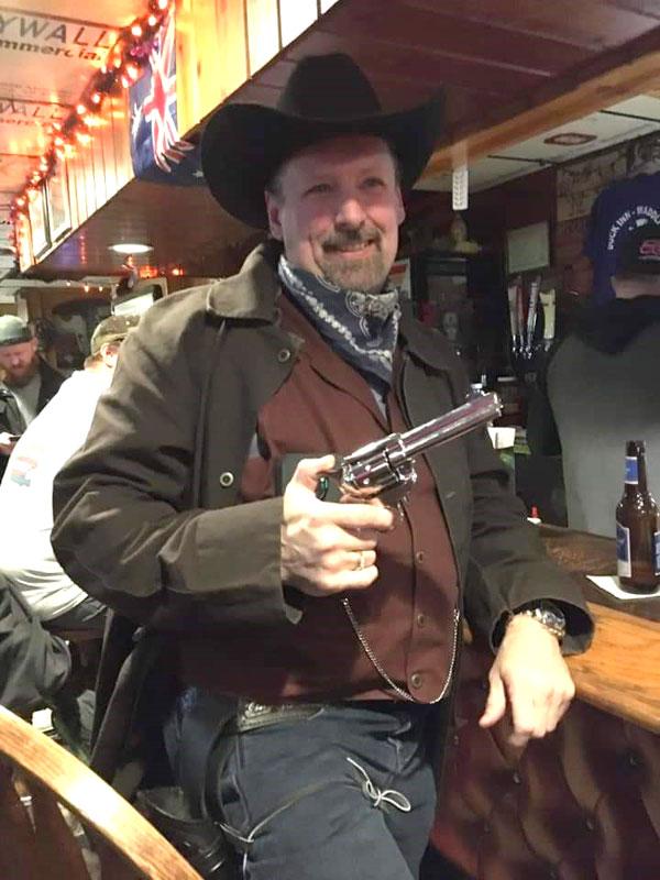 Customer photos wearing [Editors Pick] Get Me A Whiskey