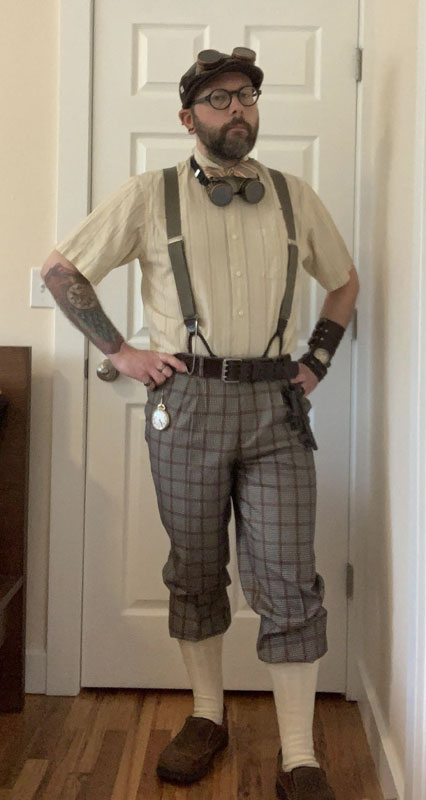 Customer photos wearing [Editors Pick] Steampunk Who Dunnit